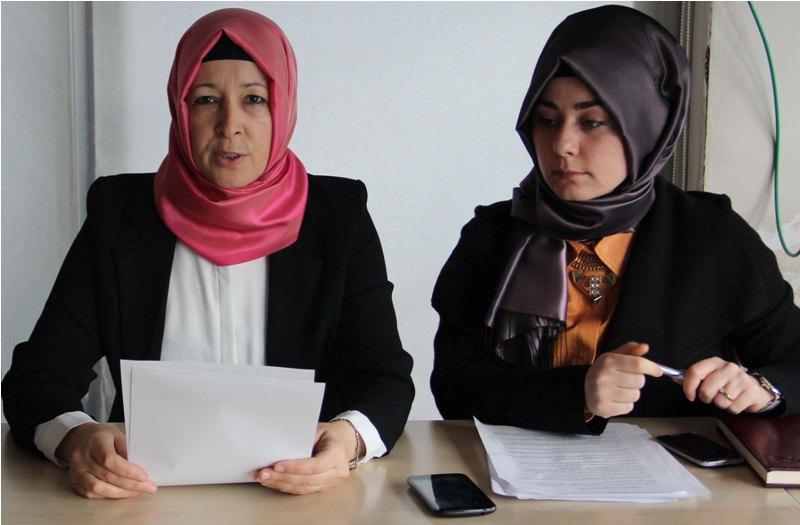 Kadın Toplumda Köprü Görevi Görmektedir