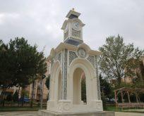 İki Saat kulesinin Yapımı Tamamlandı