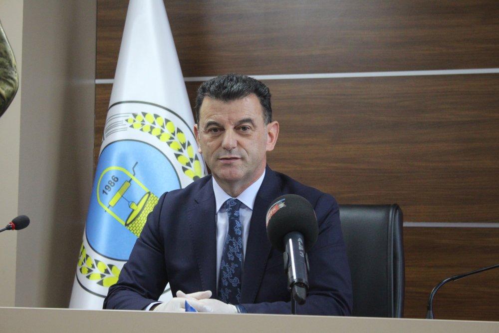 """Başkan Çetin, """"Asfaltsız Yol Kalmayacak"""""""
